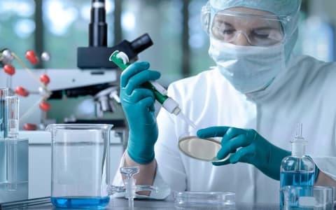 ВБеларуси сначала вспышки— 1066 случаев коронавируса. 77 человек выздоровели