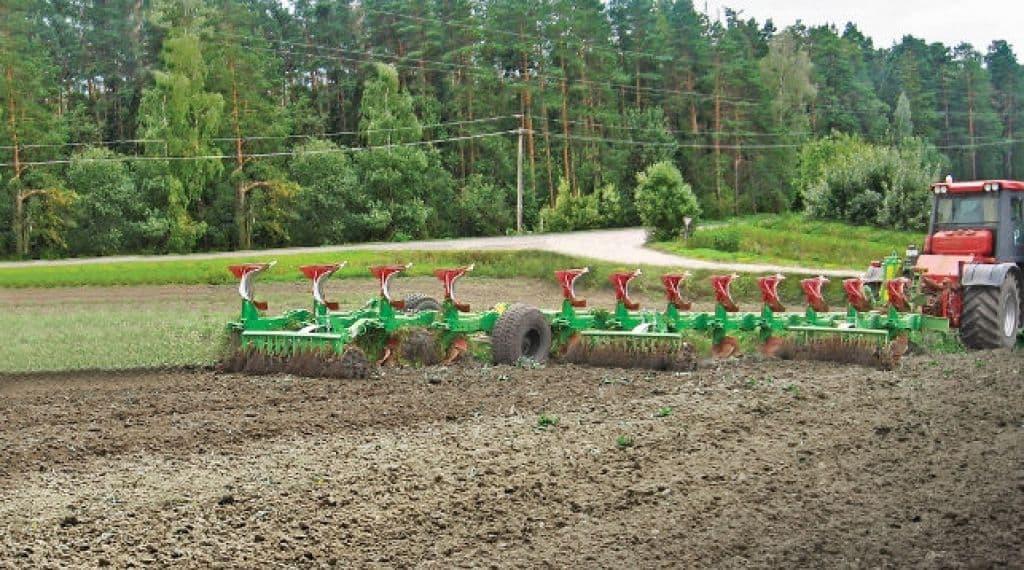 В Минойтах планируется наладить производство самого мощного плуга для трактора BELARUS