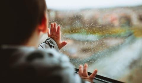 Более 2,6 тысячи белорусов лишены родительских прав