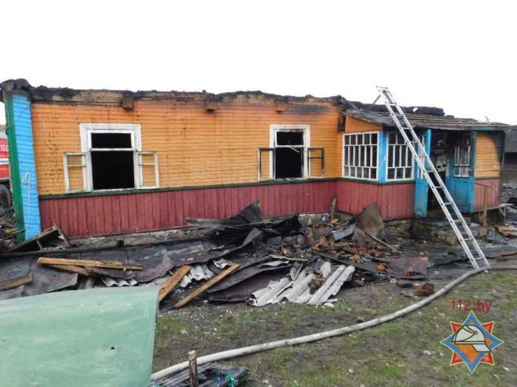 При пожаре в Щучинском районе погибли пенсионерка и её сын