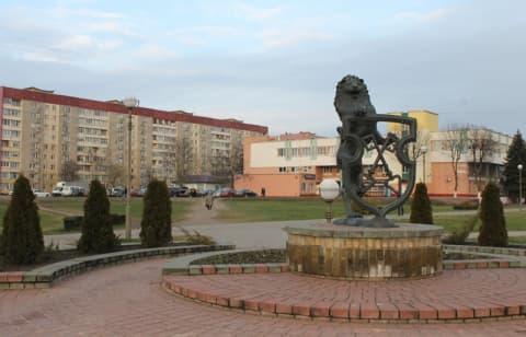 Лидчане интересуются: «Хорошее место пустует:что здесь построят?»