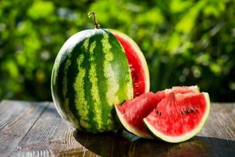 «Он треснет, а ты – лопнешь!» Лидчанин делится секретом выбора арбуза