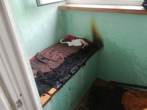 В Лиде спасатели тушили возгорание на балконе многоэтажного дома