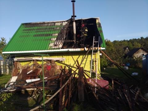 На выходных в Лидском районе горела баня